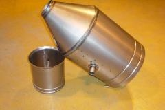 Entonnoir avec cylindre